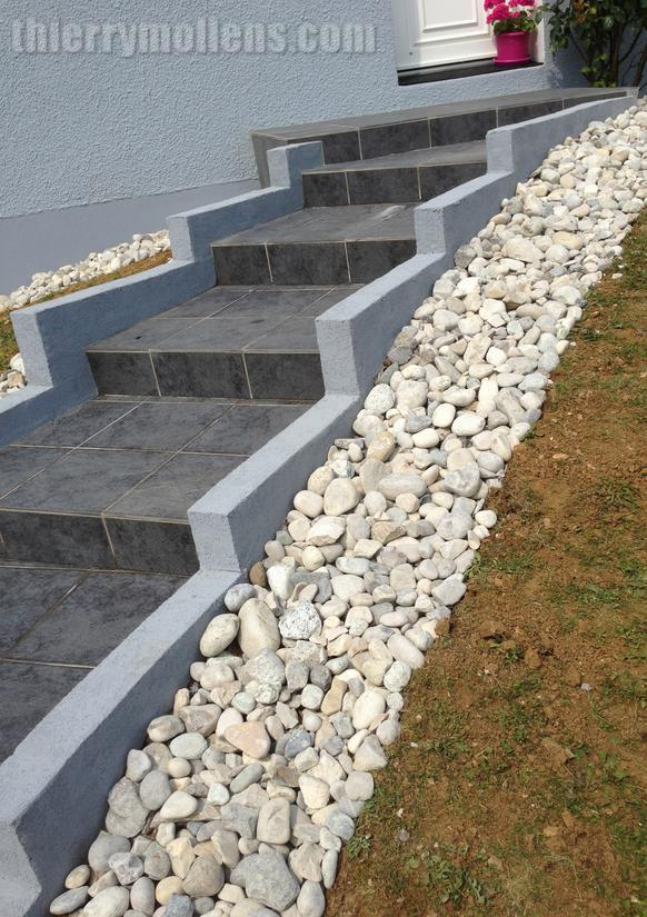 Escalier avec galet de rivi re - Galet de riviere ...